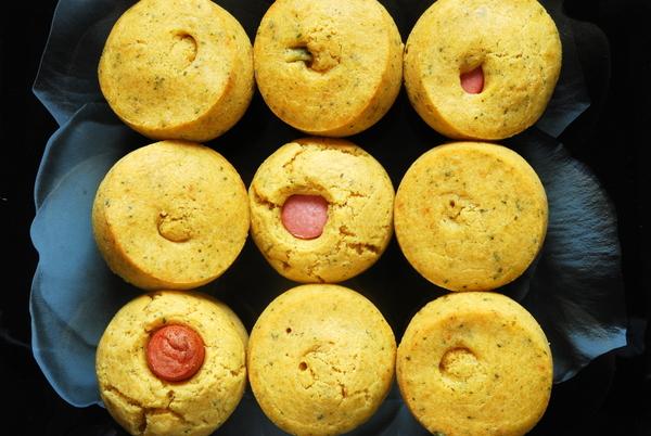 Kukurydziane muffinki zparówką